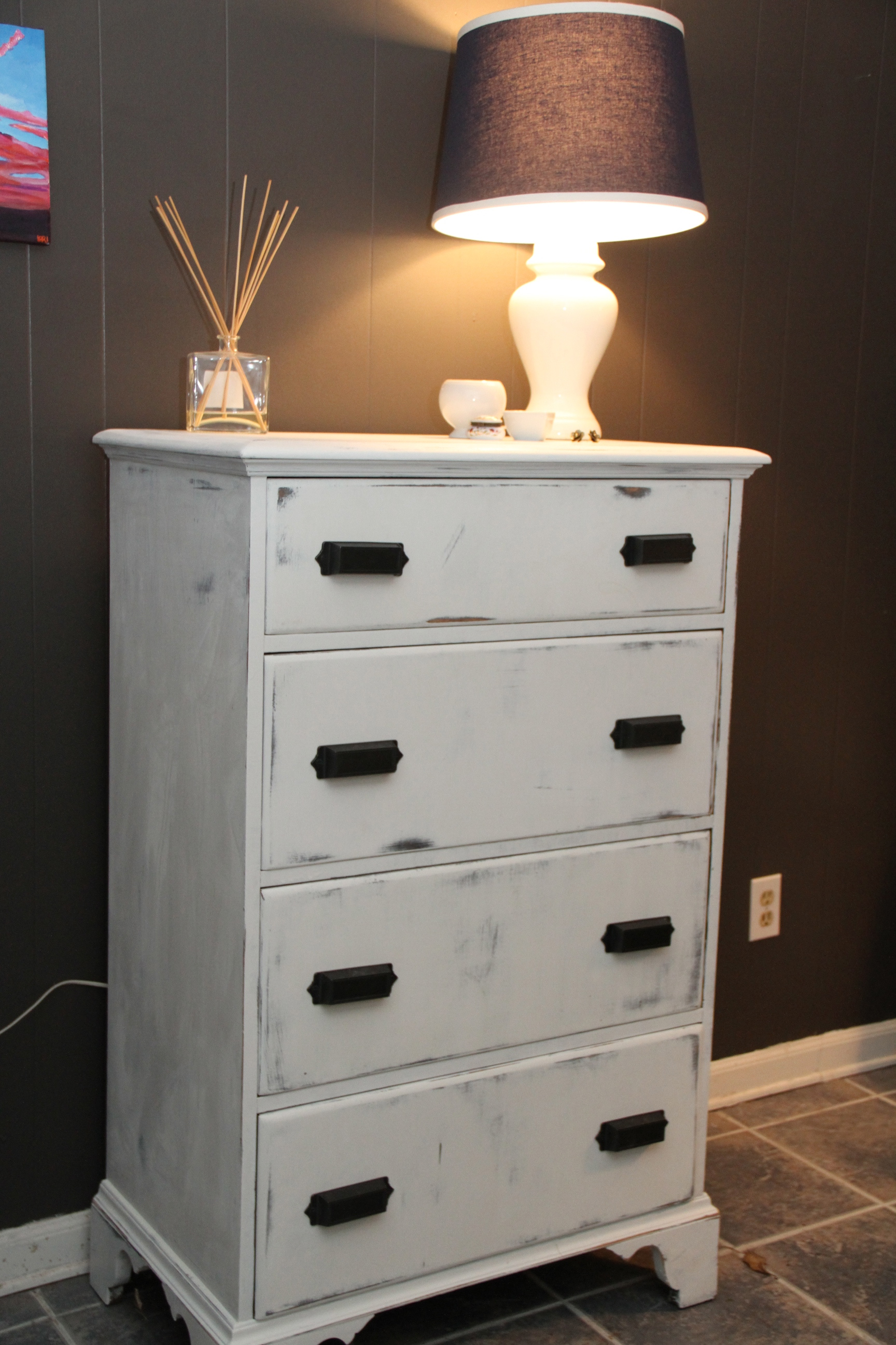 furniture redo dresser for sale lori wilson 39 s blog. Black Bedroom Furniture Sets. Home Design Ideas